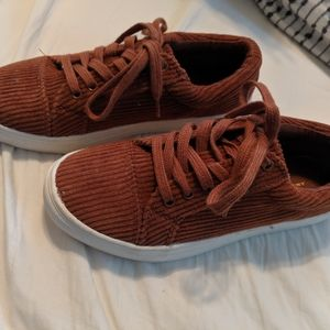 American eagle outfitters corduroy shoes size 6